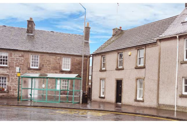 Thumbnail Flat for sale in Balkerach Street, Doune