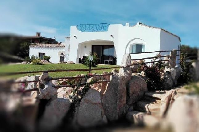 Thumbnail Villa for sale in Punta Molara, San Teodoro, Sardinia, Italy