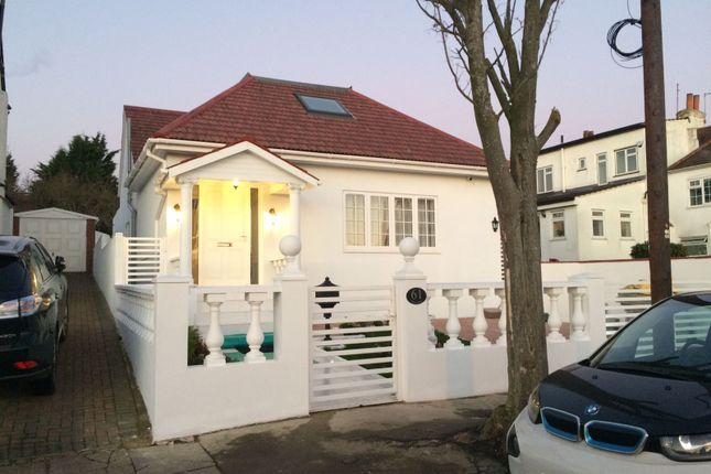 Thumbnail Bungalow for sale in Tithe Walk, Mill Hill
