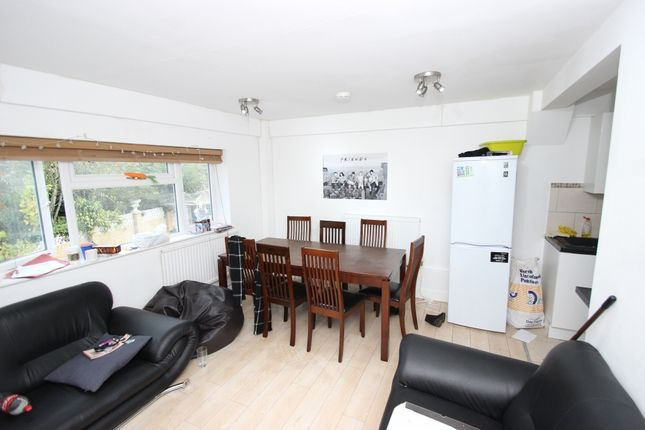 Thumbnail Flat to rent in Grays Road, Headington, Oxford