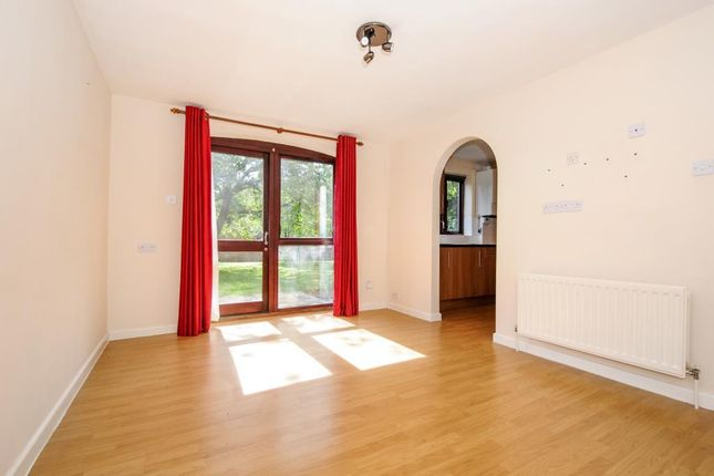 Thumbnail Flat to rent in Washington Row, Old Amersham