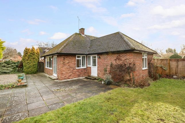 Thumbnail Bungalow to rent in Harwood Road, Marlow