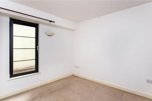 Bedroom of Park West, Derby Road, Nottingham NG7