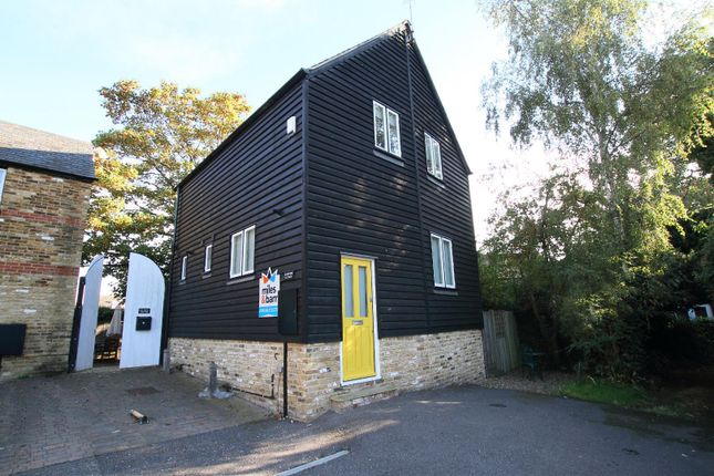 Thumbnail Cottage for sale in High Street, Whitstable