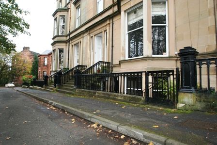 Thumbnail Flat to rent in Crown Terrace, Dowanhill