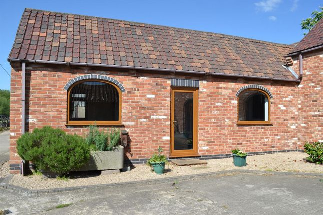 1 bed cottage to rent in Costock Road, East Leake, Loughborough