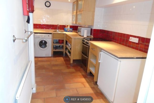 1 bed flat to rent in Sydney Place, Bath BA2