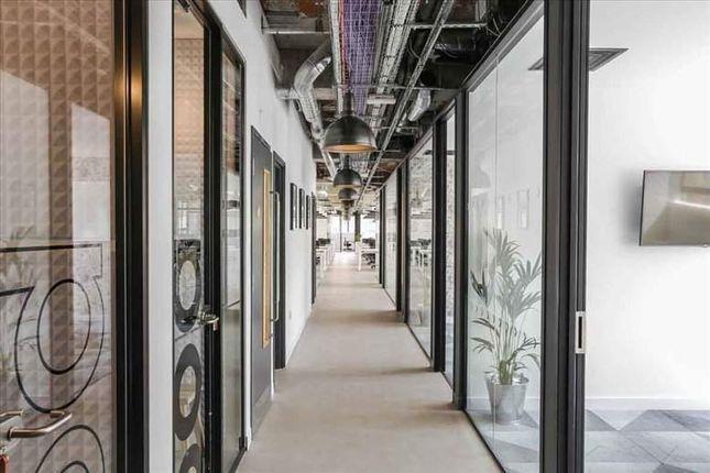 Office to let in 25 Luke Street, London