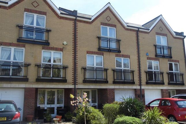 Thumbnail Property to rent in Adventurers Quay, Cardiff Bay, Cardiff