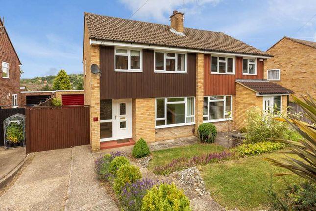 Thumbnail Semi-detached house to rent in Hillside Gardens, Berkhamsted