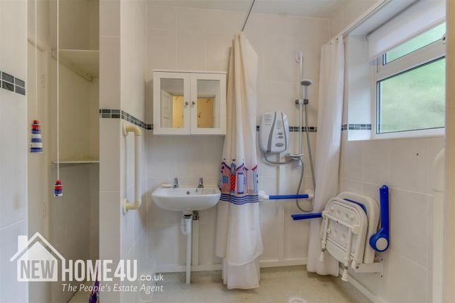 Family Bathroom: of Sebring Avenue, Northop Hall, Mold CH7