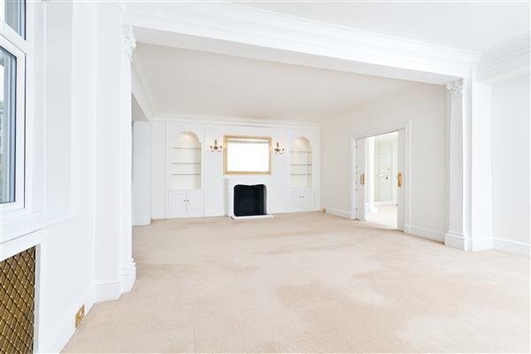 Thumbnail Flat to rent in Ennismore Gardens, Knightsbridge