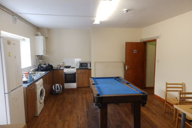 Thumbnail Shared accommodation to rent in Burrows Road, Sandfields, Swansea