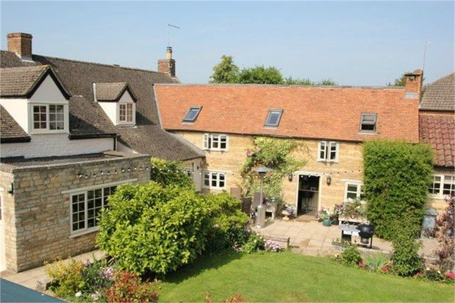 Thumbnail Cottage for sale in Church Street, Deeping St James, Peterborough, Lincolnshire