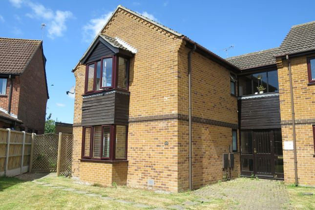 Thumbnail Flat for sale in Cardington Court, Acle