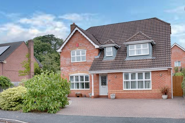 Thumbnail Detached house for sale in Blockley Close, Webheath, Redditch