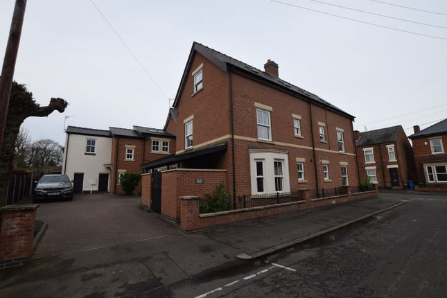 Thumbnail Town house to rent in Selwyn Street, Derby