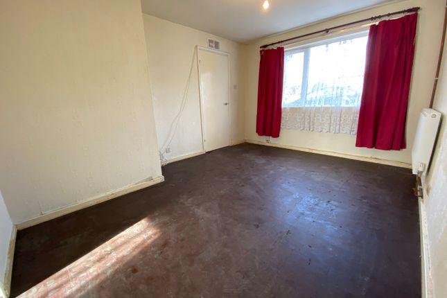 Living Room of Drake Road, Newton Abbot, Devon TQ12