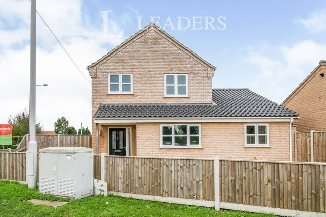 3 bed detached house to rent in Arches Court, Beccles Road, Bradwell NR31