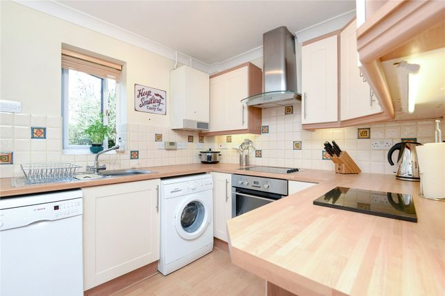 Thumbnail Semi-detached house to rent in Tarnbrook Way, Bracknell, Berkshire