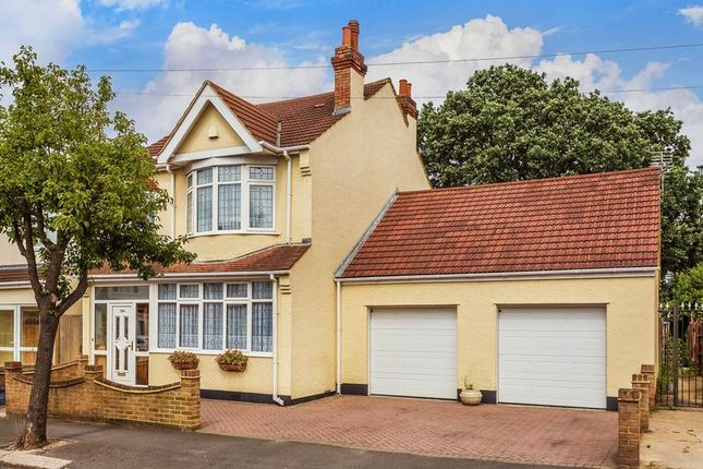 Thumbnail Detached house for sale in Silverleigh Road, Thornton Heath Guide Price 650, 000 To 670, 000