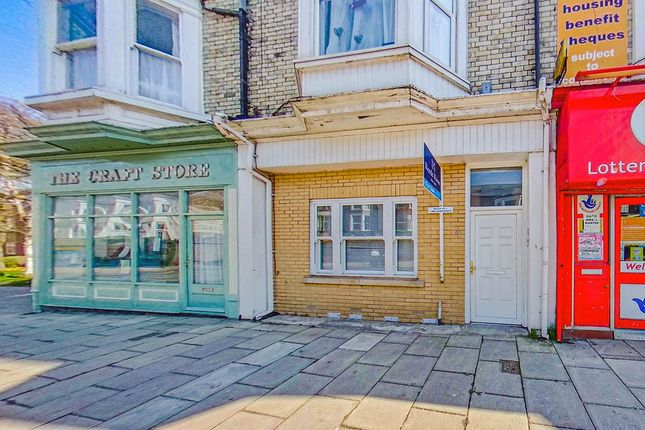 3 bed flat for sale in Victoria Road, Scarborough YO11