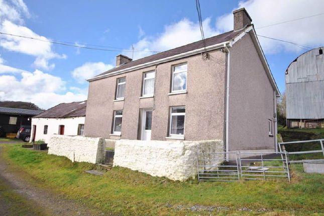 Thumbnail Property for sale in Bronwydd Arms, Carmarthen