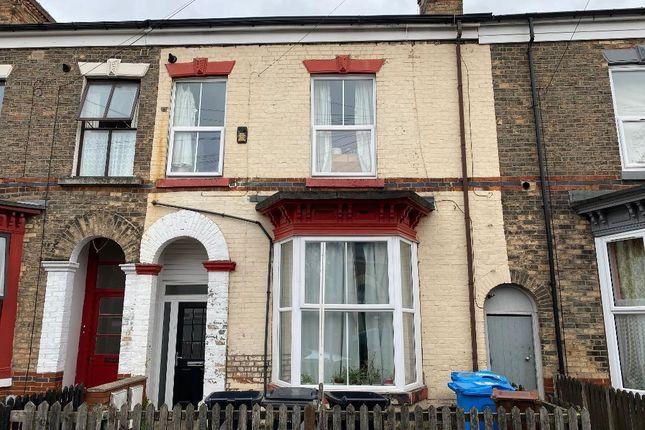 Thumbnail Terraced house for sale in Berkeley Street, Hull