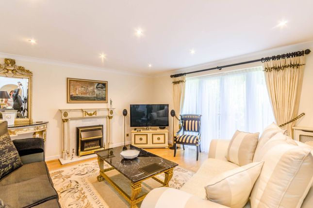 Thumbnail Terraced house for sale in Radstock Close, Friern Barnet