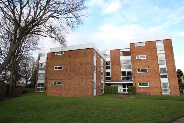 Thumbnail Flat for sale in Avalon Close, The Ridgeway, Enfield