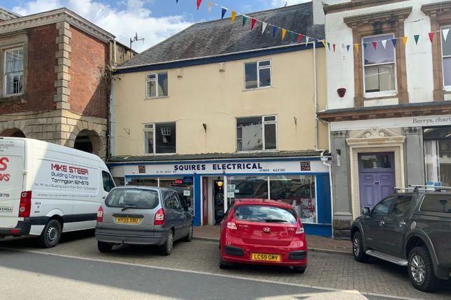 Thumbnail Maisonette to rent in Cornmarket Street, Torrington