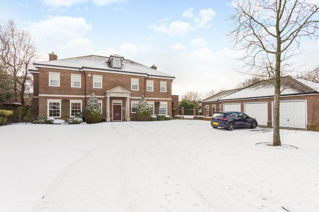 Thumbnail Detached house to rent in Jennys Way, Coulsdon