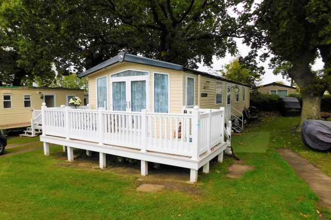2 Bed Mobile Park Home For Sale In Rockley Holiday Centre Napier Road