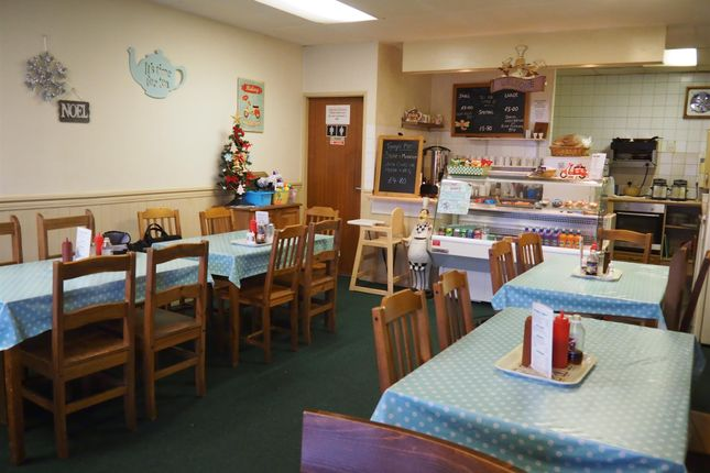 Restaurant/cafe for sale in Cafe & Sandwich Bars WF7, Featherstone, West Yorkshire