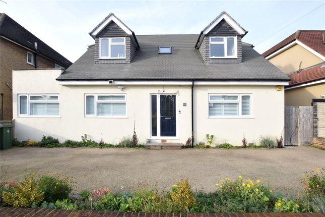 Thumbnail Bungalow to rent in Sherwoods Road, Watford, Hertfordshire