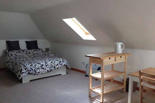Thumbnail Studio to rent in Northampton Road, Lavendon, Olney