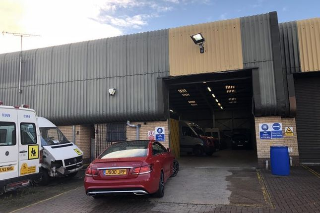 Light industrial to let in Units 8 & 9, Henley Park Industrial Estate, Coventry