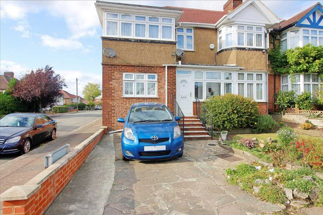 Thumbnail 1 bed flat to rent in Gibbs Green, Edgware, Middx