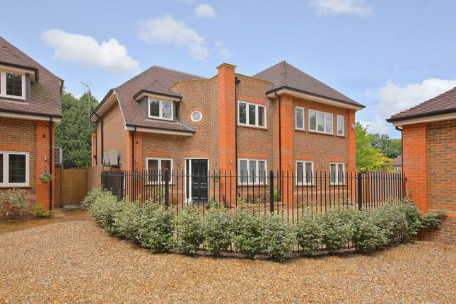 Thumbnail Detached house for sale in Brackenhill Close, Oxhey Drive South, Northwood, Middlesex