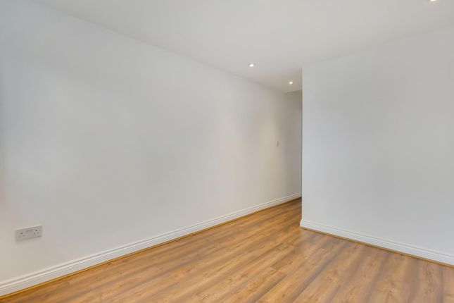 Property to rent in Sudbury Court Drive, Harrow-On-The-Hill, Harrow