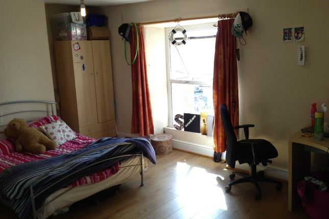 Thumbnail Property to rent in Amity Place, 5, Plymouth