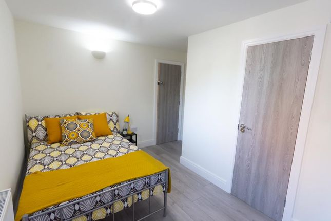 Thumbnail Shared accommodation to rent in 1, West Grove, Roath, Cardiff, South Wales