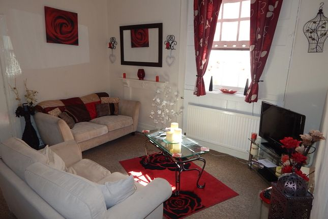 1 bedroom flat to rent in Priory Road, Torquay