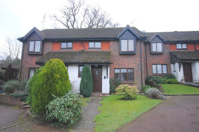 Thumbnail Terraced house to rent in Padbrook, Limpsfield, Oxted