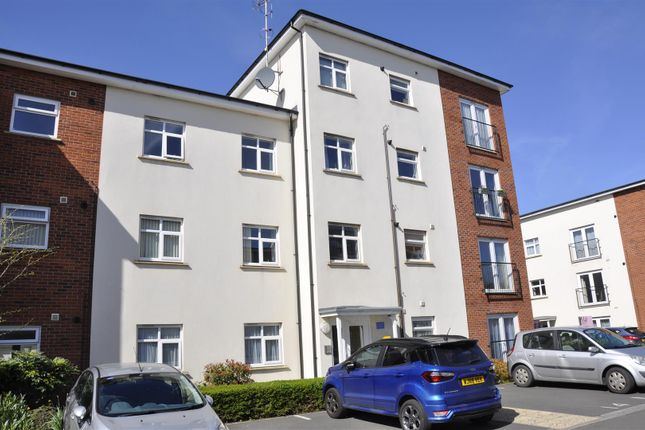 Thumbnail Flat for sale in Fiennes House, Exeter