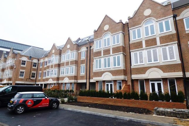 Thumbnail Detached house to rent in The Green, Ealing Green, London