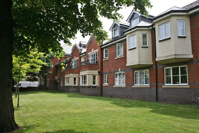 2 bed flat to rent in Osney Lane, Oxford