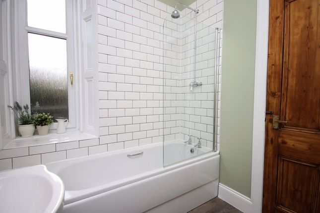 Bathroom (2) of High Street, Linlithgow EH49