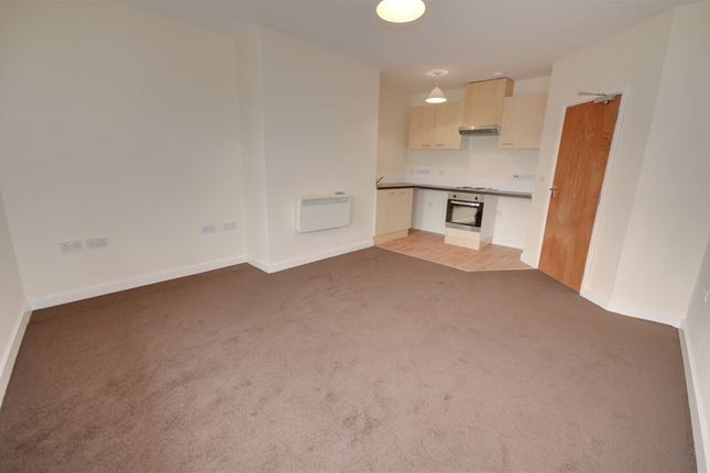 Thumbnail Flat to rent in Carlton Street, Castleford