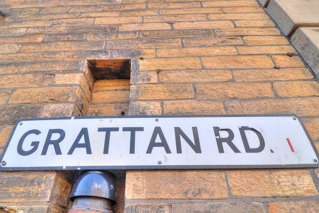 Street B of Sunbridge Road, Bradford BD1